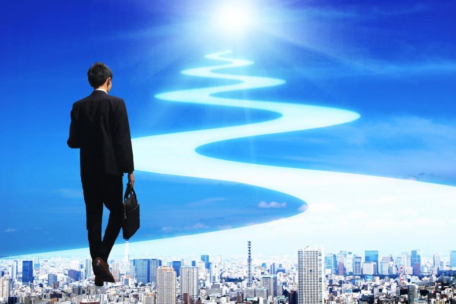 営業職のキャリアプランはどう描く?10年後の営業マンを将来予測