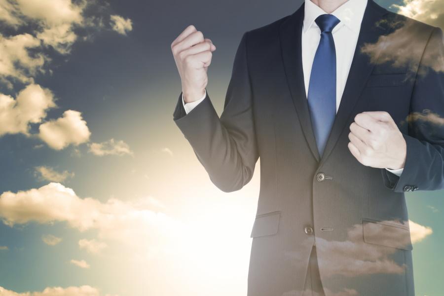 営業職が転職で有利な理由とは?成功する転職活動のコツを解説