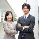 営業職の服装は何がベスト?営業成績を上げる男性&女性の服装