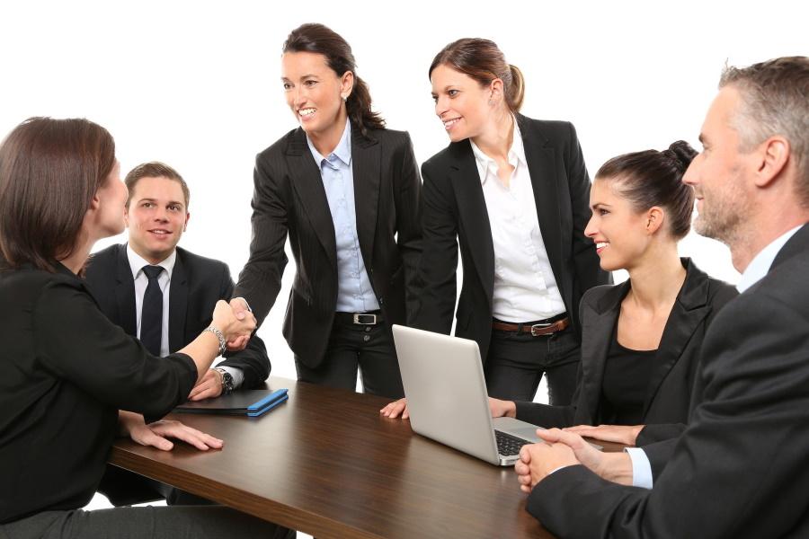 営業の引き継ぎ方法はどうする?挨拶の仕方や退職の時すべき事