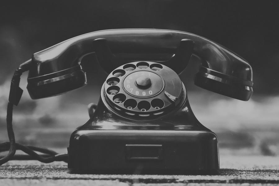テレマーケティングが難しい理由とは?電話営業のコツを伝授!