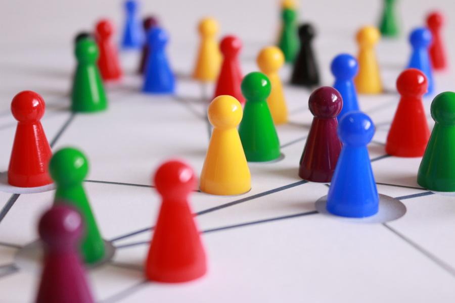 リファラル営業とは何?紹介営業の仕組みや業務内容を解説