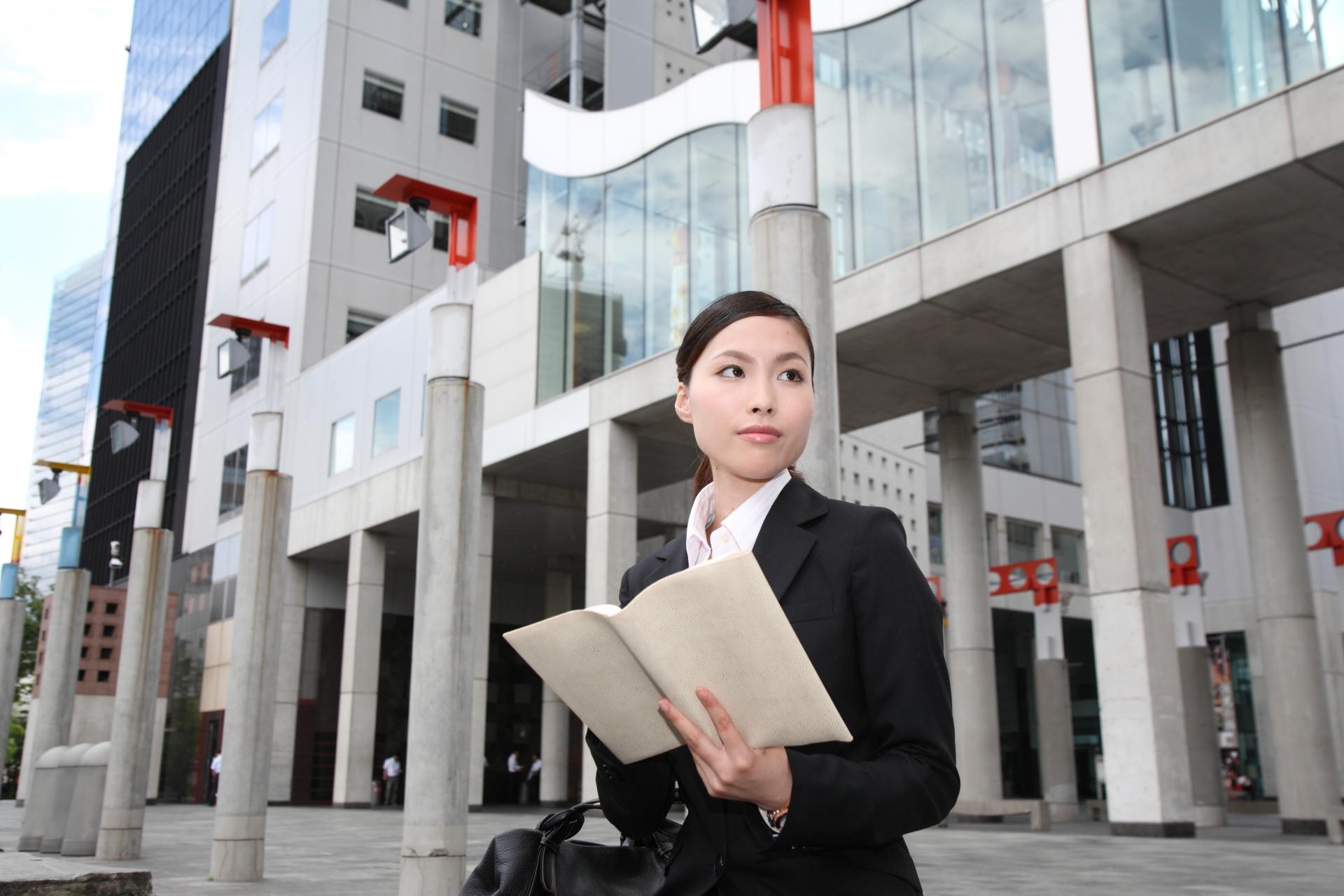 女性営業の職種
