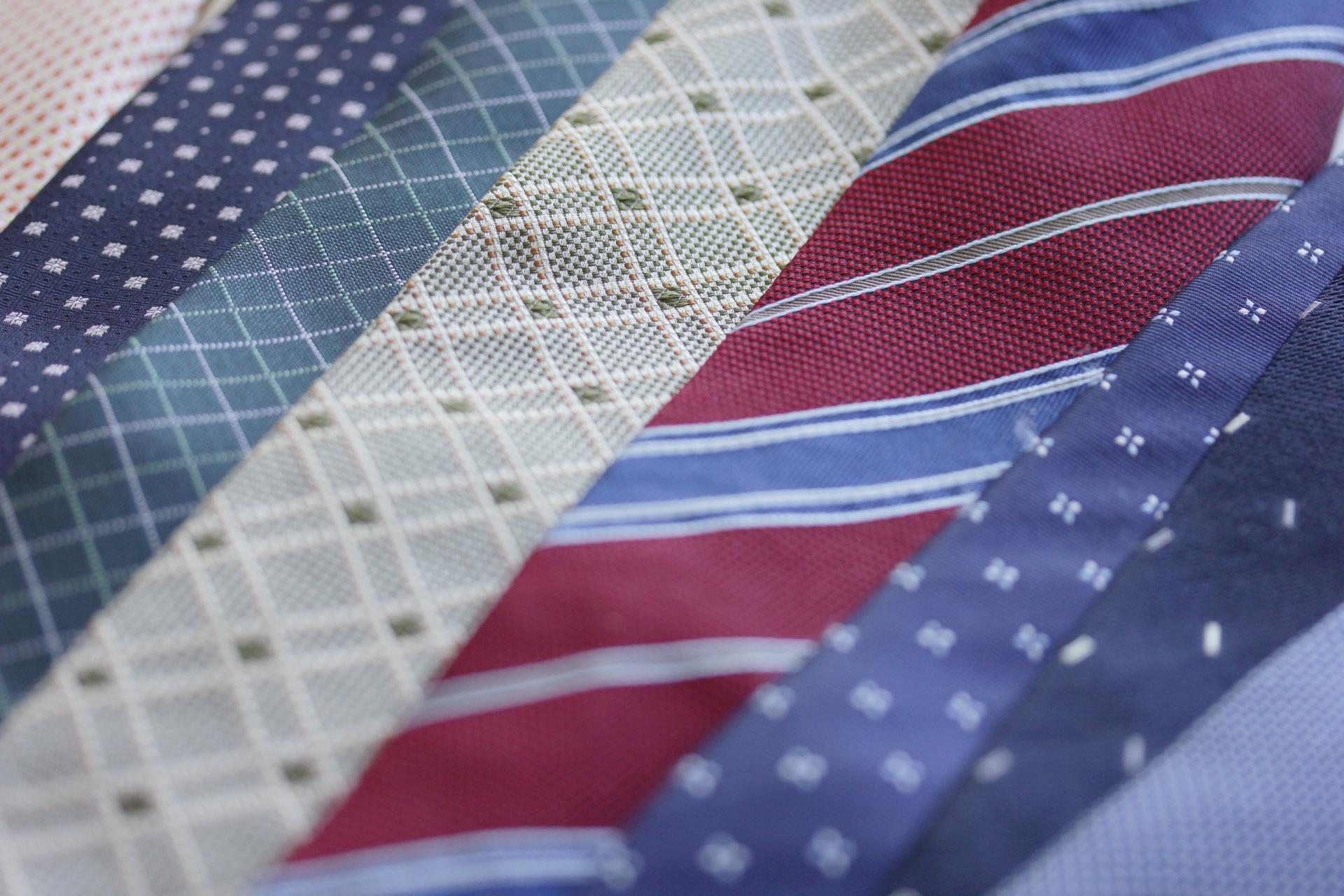 ネクタイ柄の種類